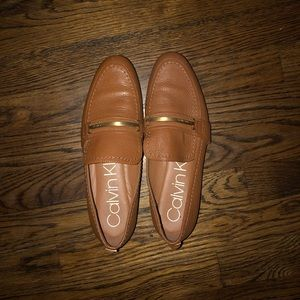Calvin Klein Brown and gold flats. Size 8